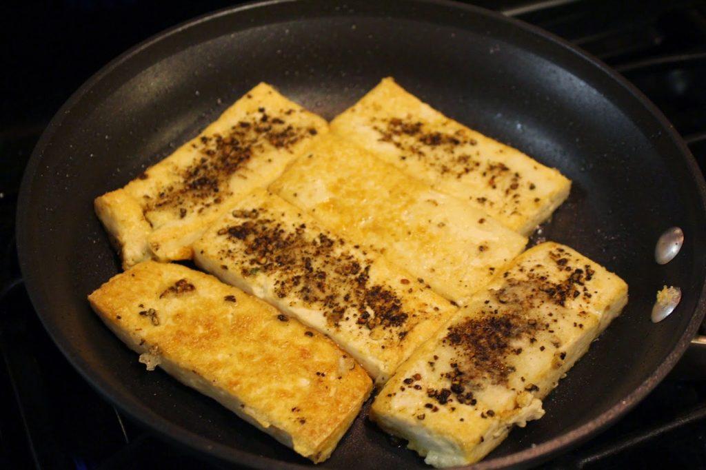 crispy black pepper crusted tofu